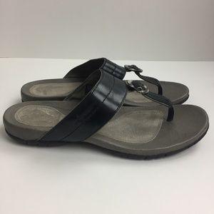 Teva Kellie Luxe Leather Thong Sandals